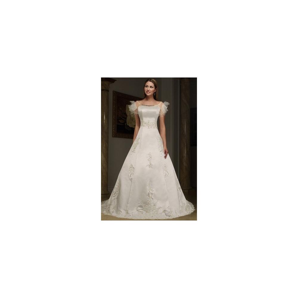 Svatební šaty s odpínací vlečkou