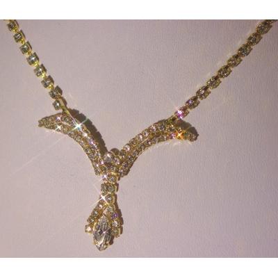 Štrasový náhrdelník s náušnicemi