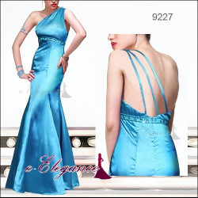 Modré společenské šaty s vlečkou