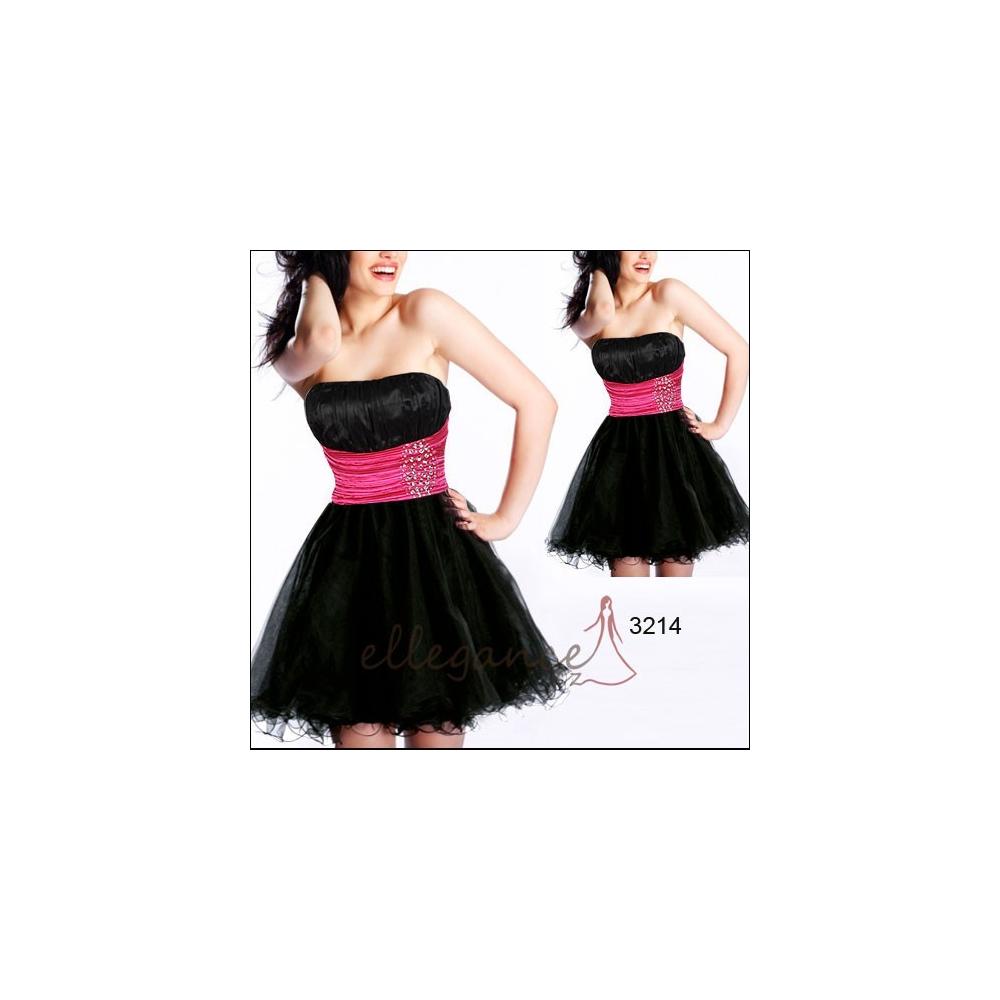 Koktejlové šaty s vícevrstvou sukní