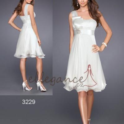 Bílé koktejlové šaty