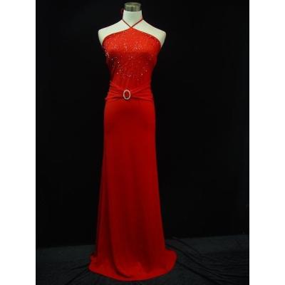 Dlouhé červené společenské šaty s holými zády