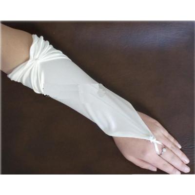 Smetanové saténové rukavičky