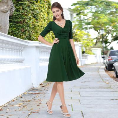 Zelené společenské šaty s rukávy