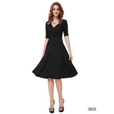 Černé společenské šaty s rukávy