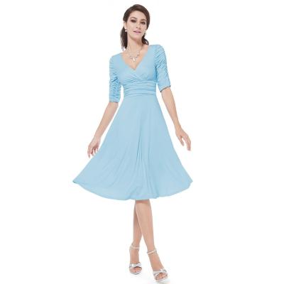 Světle modré společenské šaty s rukávy