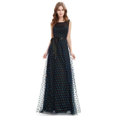 Dlouhé černé šaty s modrými puntíky
