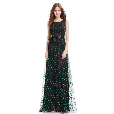Dlouhé černé šaty se zelenými puntíky